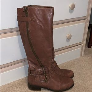 Steve Madden brown riding boots. Size 8.
